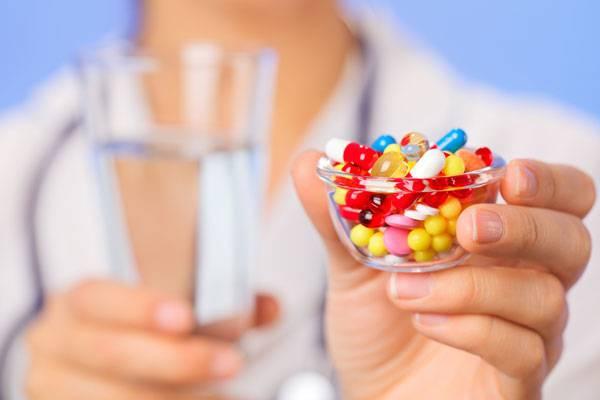 Лекарства с водой