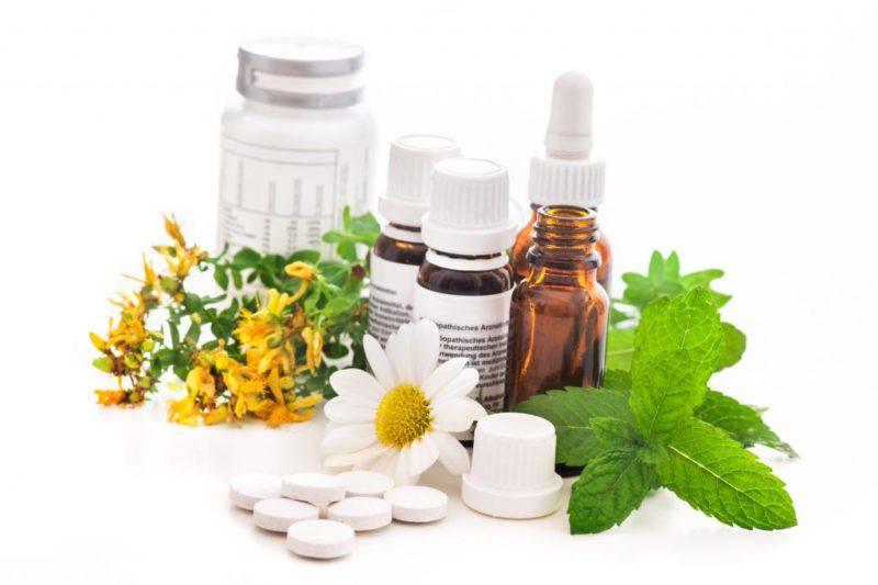 Лечебные травы и таблетки